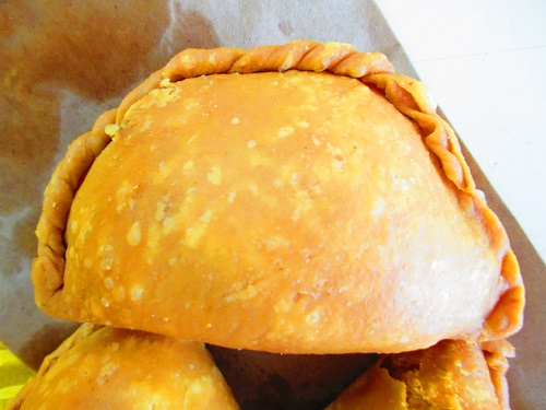 Rolina curry puff 2