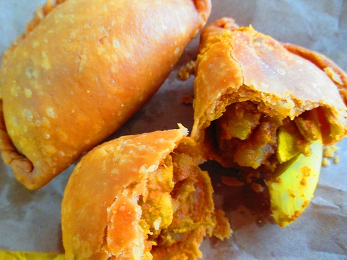 Rolina curry puff 4