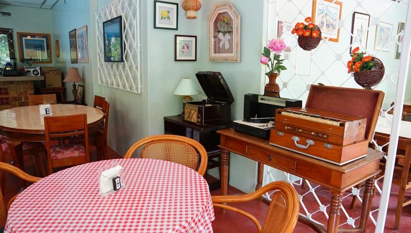 jubilee-coffee-house-and-bar-4