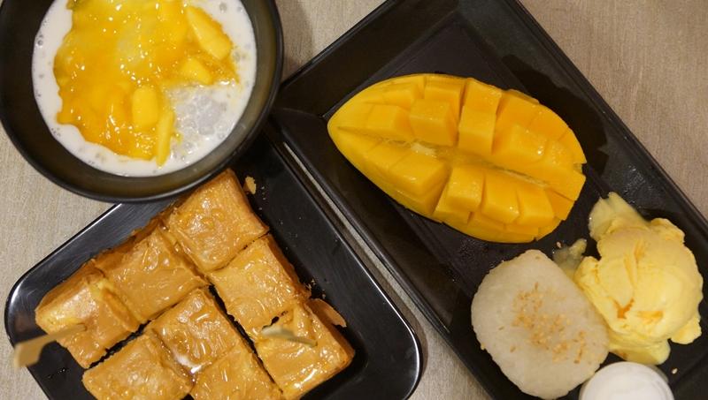 Aoys Thai desserts