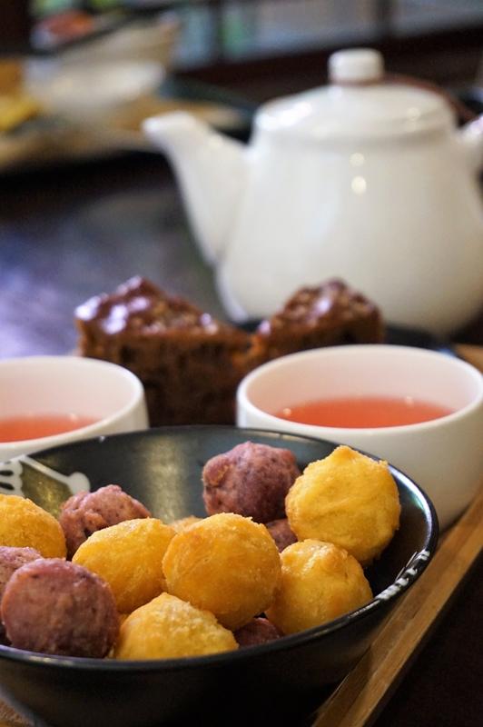 Taiwan 2016 deep fried sweet potato and taro balls