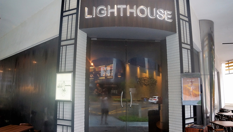 lighthouse bistro & Bar 15