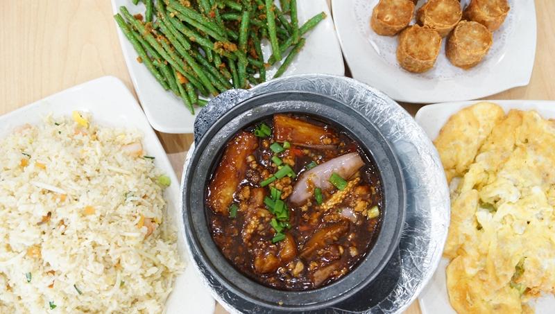 Hong Kong Street Family Resturant 6