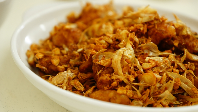 Sembanwang Traditional Claypot Rice garlic fried chicken