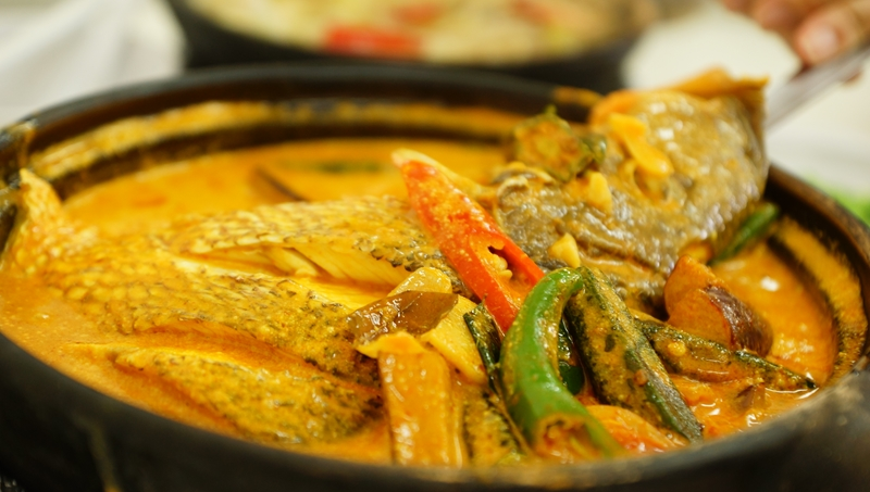 Sembanwang Traditional Claypot Rice Curry Fish head