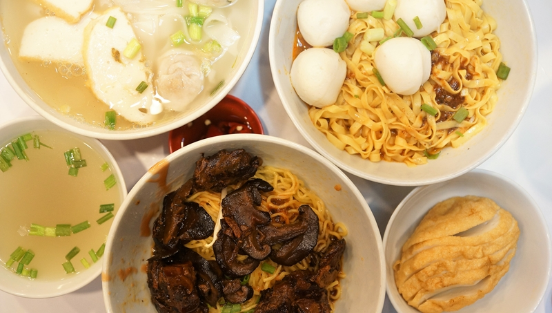 85 RedHill Teochew Fishball Noodles 1