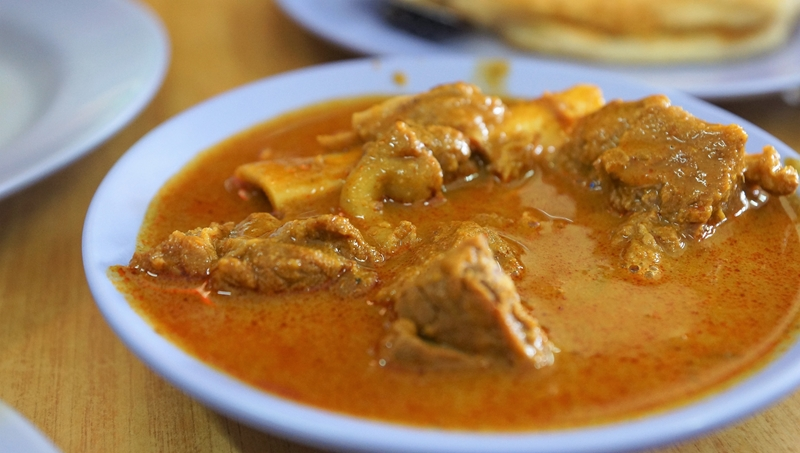Mr & Mrs Mohgan Mutton curry